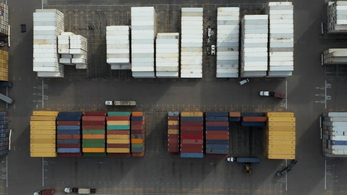 Large Containers Of Import Business